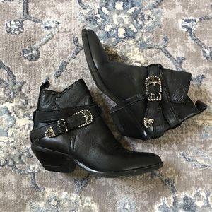 Zodiac vintage black genuine leather booties